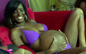 Prego black lezzies wank together on..