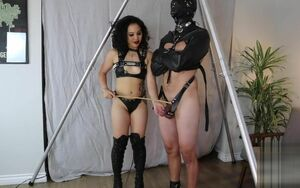 Female dom An Li taunting and..