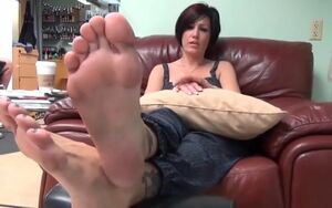 Infatuating chick has sumptuous feet..