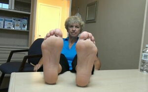 Super-sexy mature soles with..