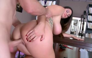 Alison Tyler rails Bill Bailey on top..