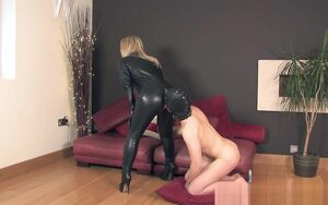 THEENGLISHMANSION - LEATHER CATSUIT..