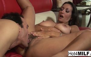 Cougar with massive mounds wants a..
