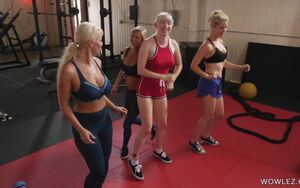 Fit Cougars Having Lezzy Orgy In The Gym